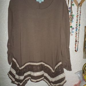She & Sky Tassel & Lace Embellished Tunic Top M